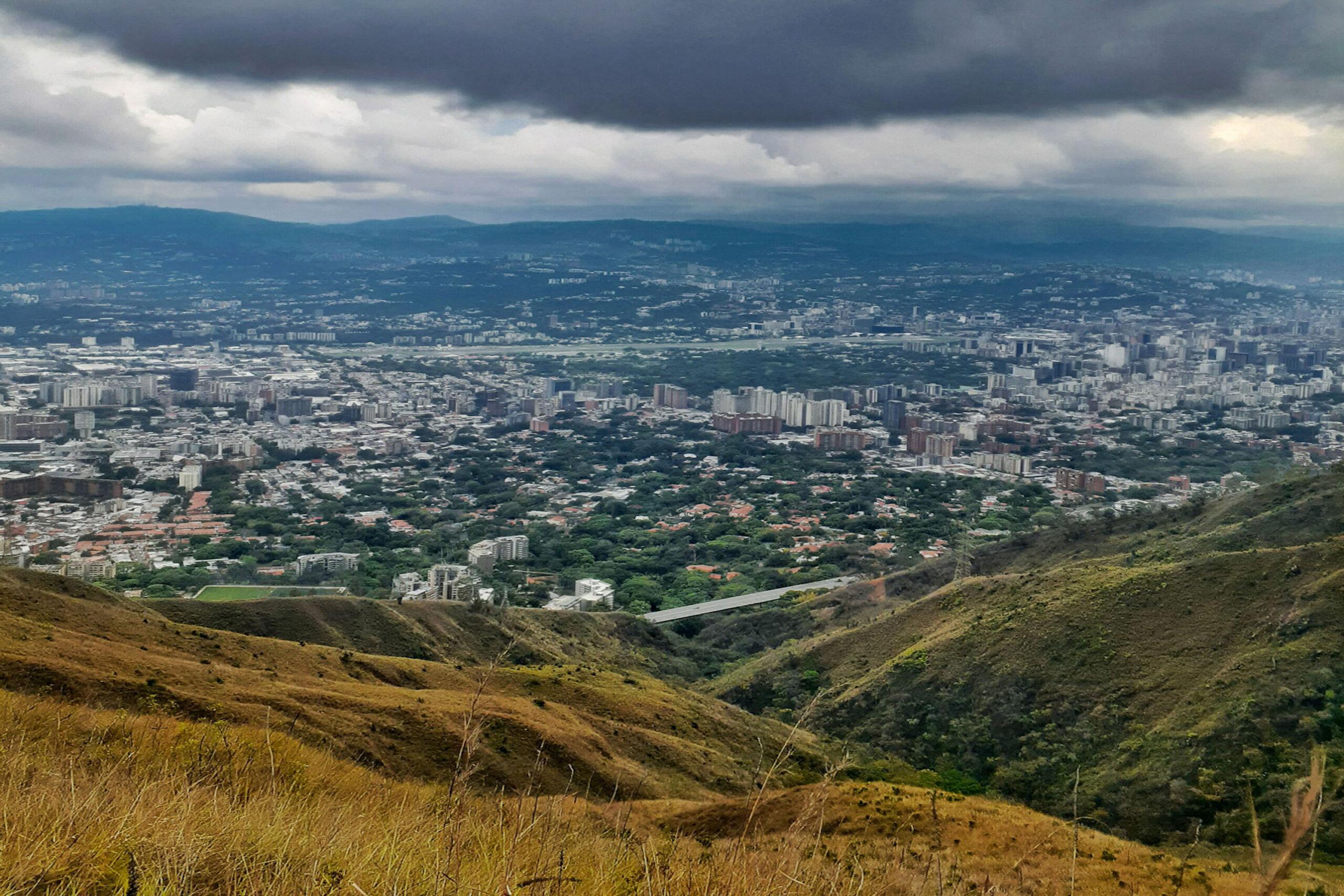 Disfrutando Caracas desde el Ávila - Ser caraqueño