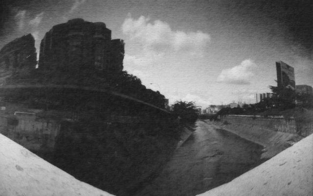 El-Guaire-rio-grande_Julio_Blones.jpg ser caraqueño