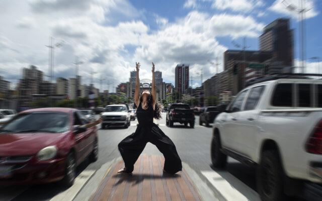 Firmeza ante el movimiento de la ciudad - Ser caraqueño