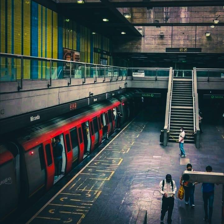 Estación del metro de Miranda- Ser Caraqueño