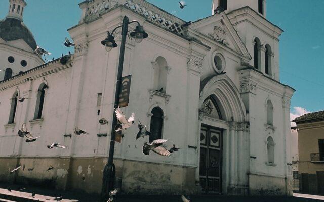 De Iglesia en Cuenca a Catedral de Caracas - Mas que un espacio una emoción