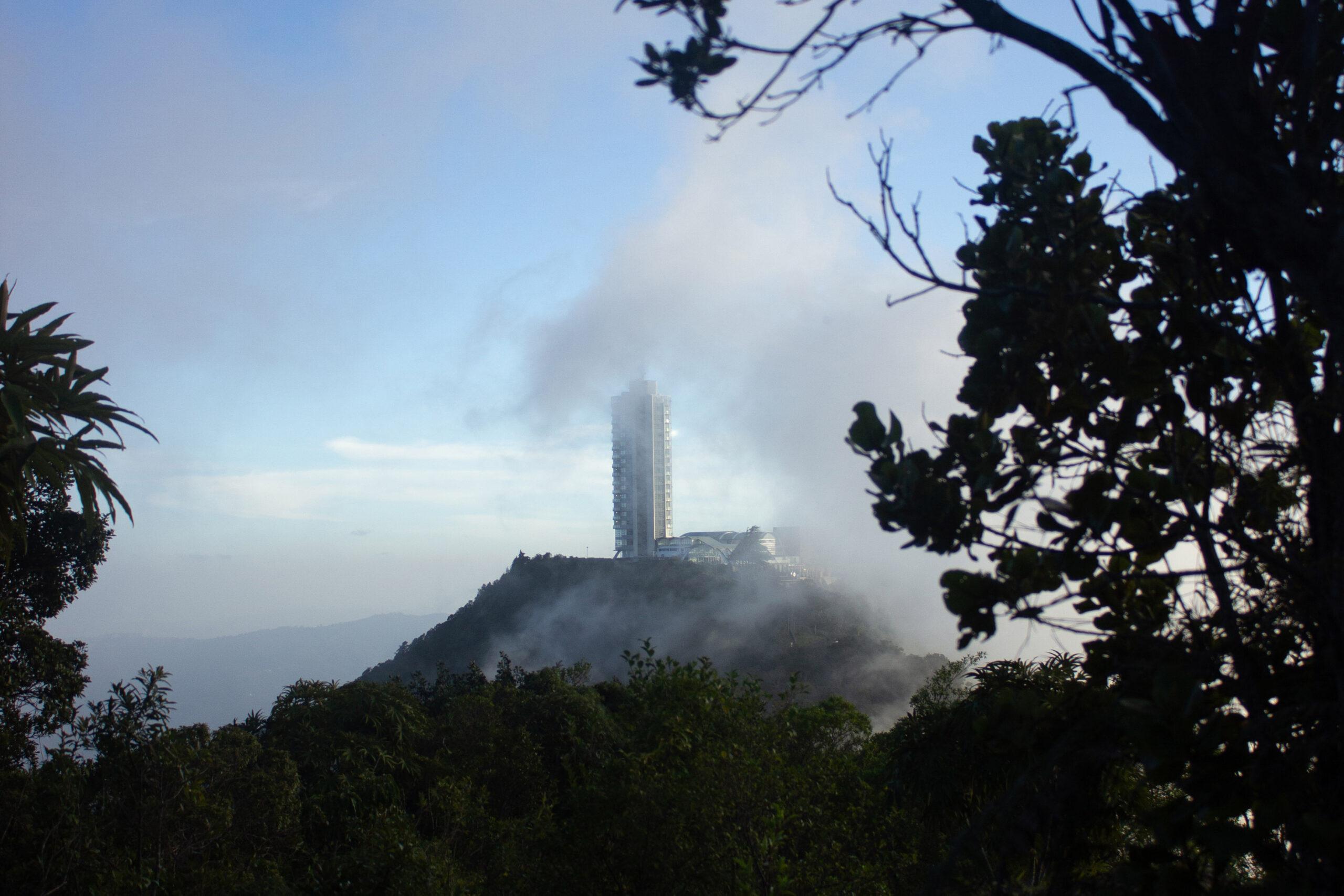 Imponente-simbolo-de-Caracas.jpg ser caraqueño